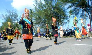 Peserta-pawai-budaya-Sabang-Fair